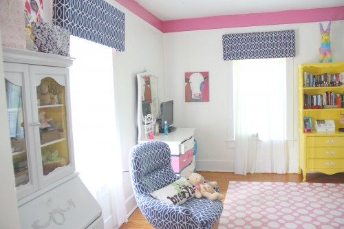 APARTMENT THERAPY ROOM FOR COLOR CONTEST!!!