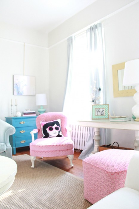 "I DID NOT THINK THAT ANY COLOR WOULD MAKE ME AS HAPPY AS THE ""PINK CLOUD"" DID....BIT THE CLASSIC GRAY IS JUST THAT ....""CLASSIC""..AND  SOOTHING AND COMPATIBLE  WITH ALMOST ANY STYLE OF DECOR.  I LOVE IT!!!"