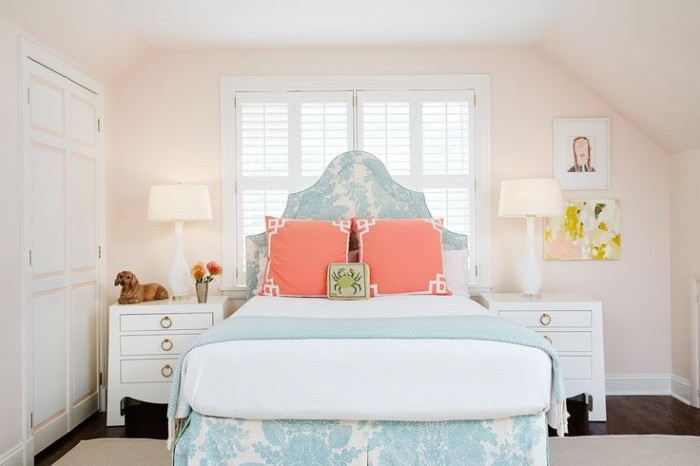 PALE PEACHY PINK ROOM ON AMIE CORLEY INTERIORS -BEAUTIFUL