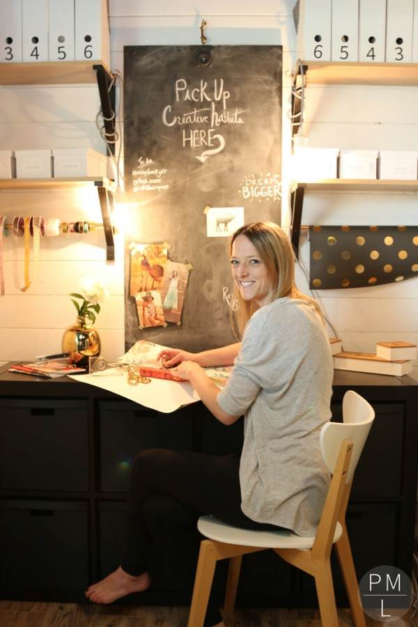 PETITE MODERN LIFE OFFICE REVEAL - I WOULD GIVE ANYTHING TO BE THAT ORGANIZED!!!