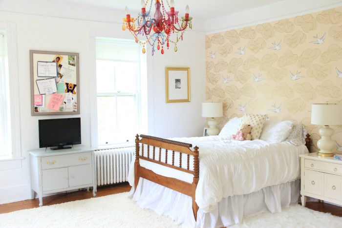 chantilly lace walls and trim
