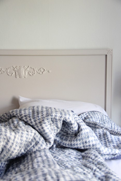 """COOPER'S BED PAINTED MY CUSTOM MIX ---""""LESLI'S CONSOLE GRAY"""" I AM HAPPY TO GIVE YOU THE FORMULA!"""