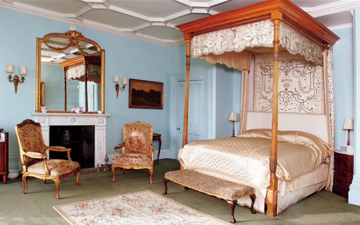 """DOWNTON ABBEY MASTER BEDROOM KENSINGTON BLIS """"oft, beautiful, tiffany blue walls (although depending on the lighting, this color ranges from a powder blue, as in this pic, to a more robins-egg blue), four poster canopy bed, ornate gilded mirror & sconces..."""""""