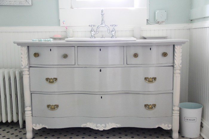 MONDAY MAKEOVER - 7 TIPS FOR TURNING A DRESSER INTO A BATHROOM VANITY – - MONDAY MAKEOVER - 7 TIPS FOR TURNING A DRESSER INTO A BATHROOM