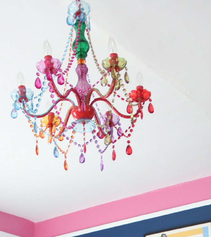 URBAN OUTFITTERS CHANDELIER