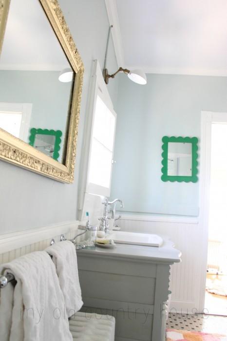 master-bathroom-gold-3-466x700
