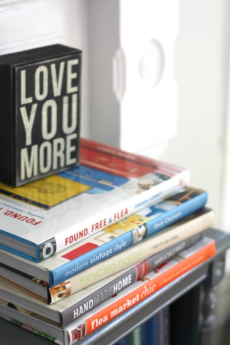 STACKED BOOKS AS DECOR IS A BIT OF A TREND, BUT ONE THAT I LOVE AND MANY HAD LONG BEFORE IT BECAME COOL!
