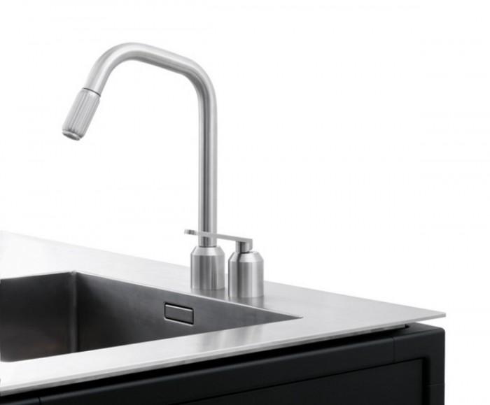 modern-minimlist-stainless-steel-kitchen-by-vipp-stylish-faucet-5