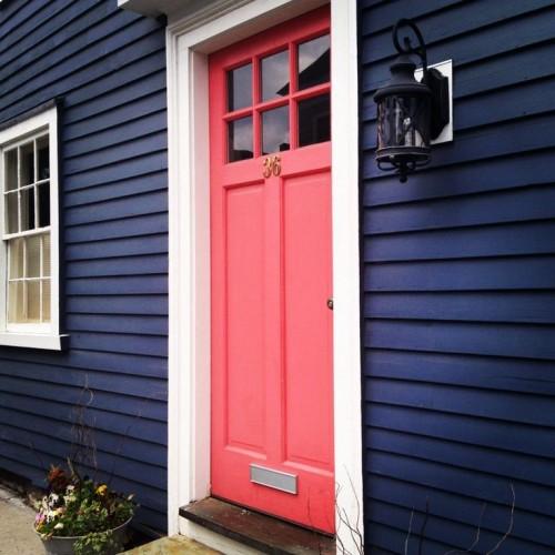 EXTERIOR NAVY WITH CORAL DOOR!!!! LOVE IT!