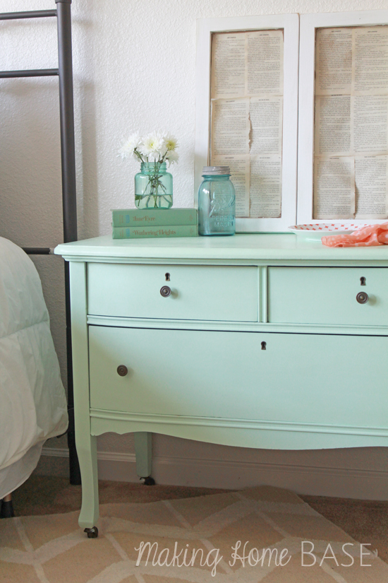 MINT PAINTED NIGHTSTAND...FOLLOW THIS BLOG!!!