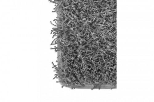 gray fluffy carpet