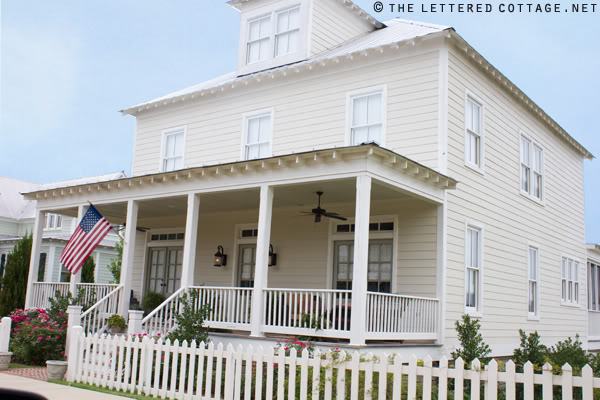FARM HOUSE WHITE - GREAT EXTERIOR WHITES –