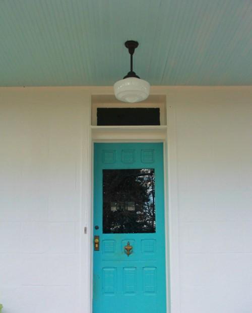 FRONT DOOR - BENJAMIN MOORE MAJESTIC BLUE