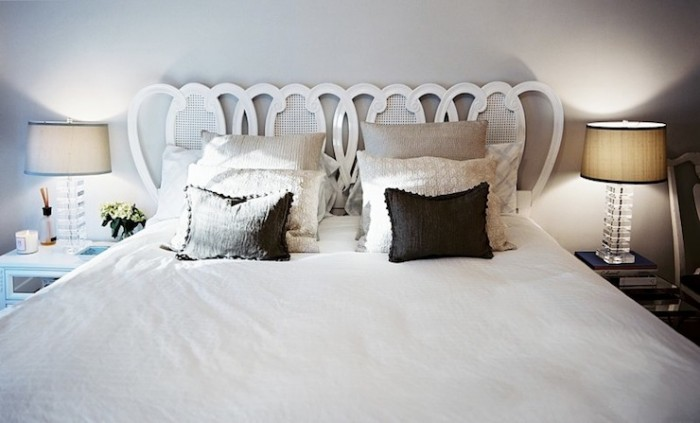 GRAY CLOUD - LONNY MAG- LOVE THE HEADBOARD!