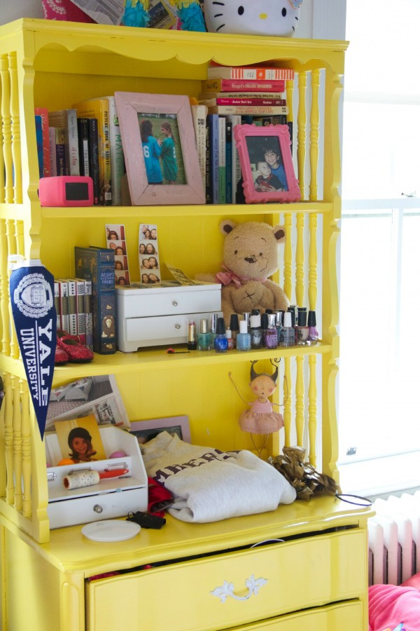 THE YELLOW HUTCH WAS TRANSFORMED INTO  A WHITE AND GOLD DIPPED HUTCH!