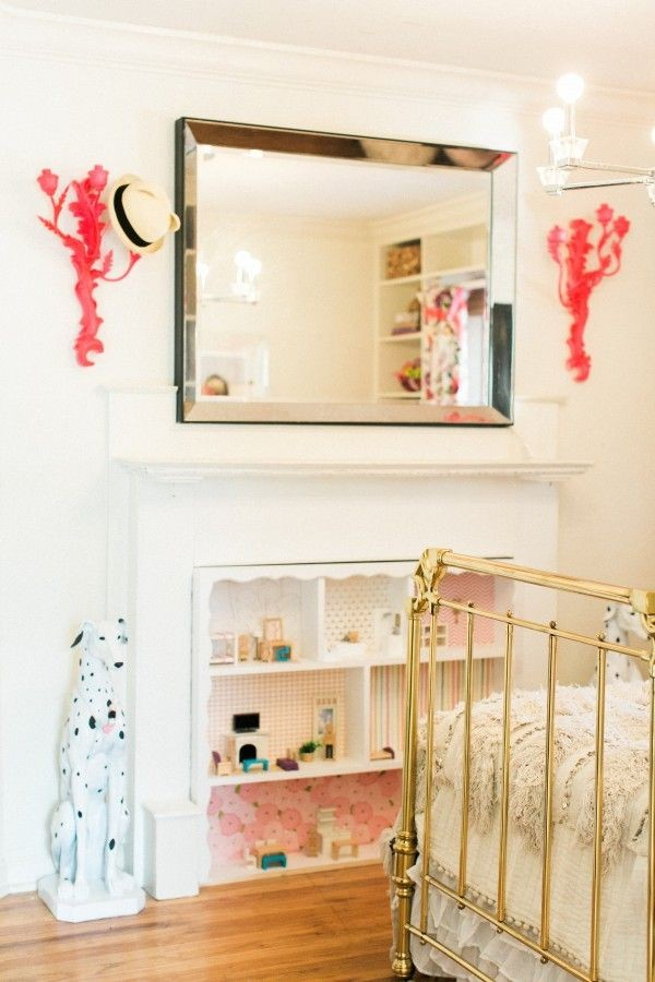 DOLLHOUSE!!! GENIUS!!! GLITTER GUIDE