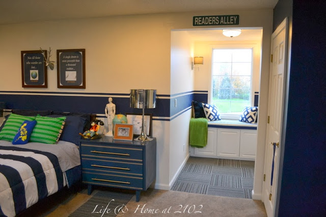 LIFE AT HOME AT 2012 -TWEEN ROOM - I LOVE SEEING BOYS ROOMS! I PAN TO DO OVER OUR SONS THIS FALLL...THIS GIVE ME LOADS OF INSPIRATION!