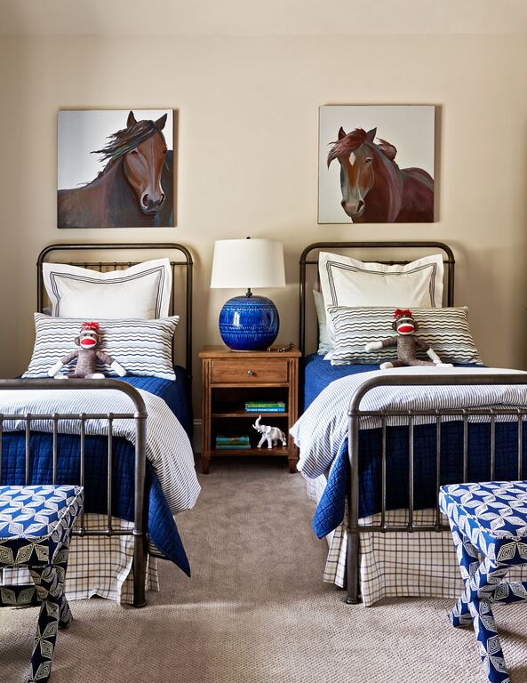 TRACI ZELLAR SHOWHOUSE CHARLOTTE HOME MAGAZINE (DUSTIN PECK PHOTOGRAPHY) THE BOYS ROOM