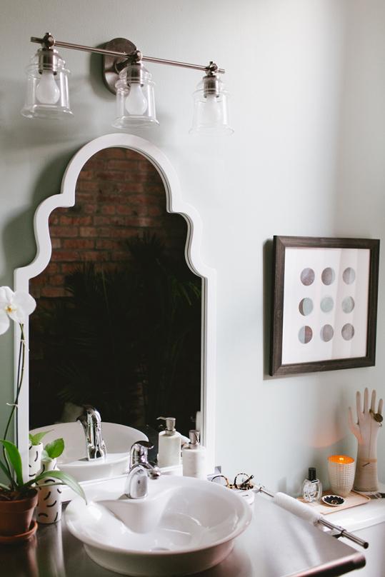 JOJOTASTIC LOFT BATHROOM