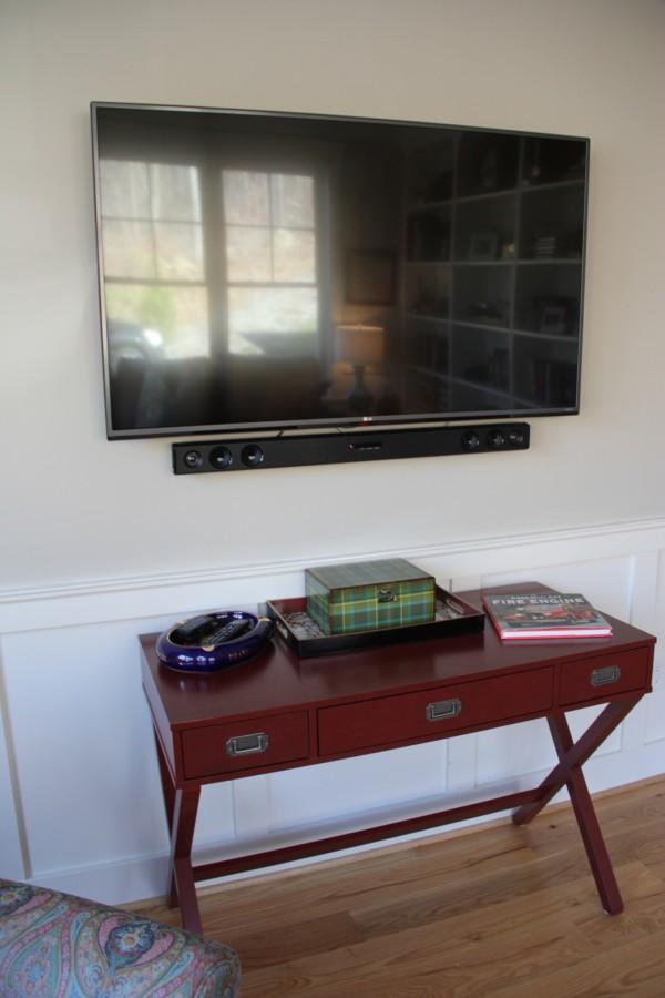 TV AND CAMPAIGN DESK