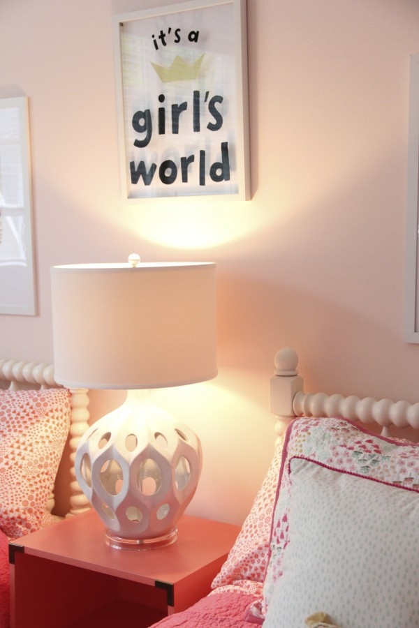 "PILLOWFORT - ""ITS A GIRLS WORLD"" FROM TARGET"