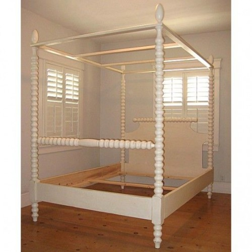 Gwendoline Spindle Canopy Bed  by Bradshaw Kirchofer